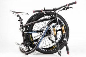 Bicicleta plegable plegada