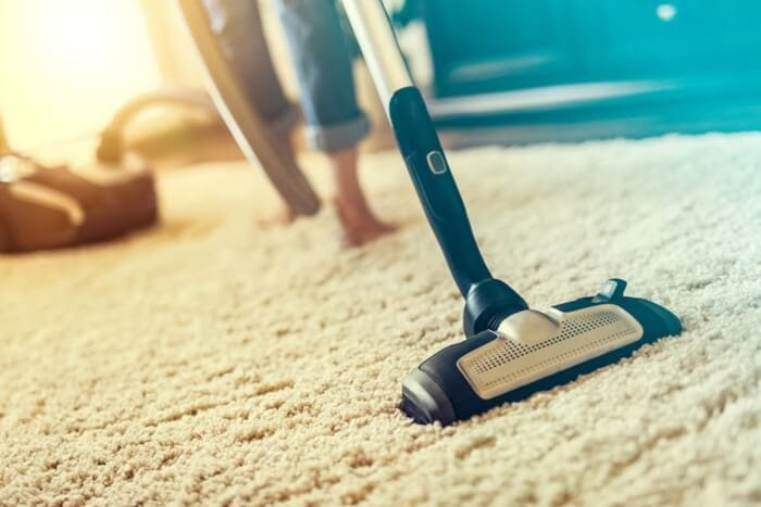 Aspiradora en alfombra