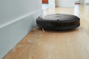 iRobot Roomba 692 limpiando